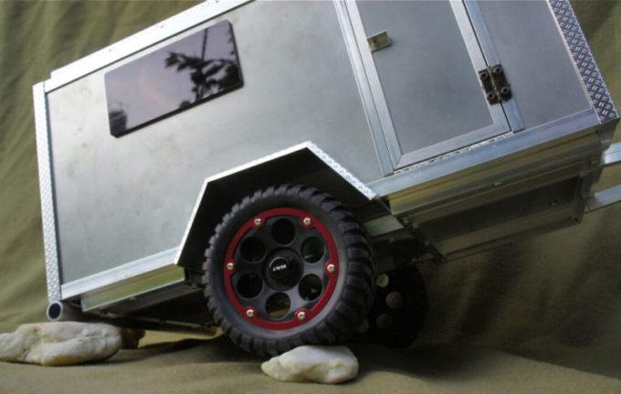 die 9 kultigsten offroad wohnwagen. Black Bedroom Furniture Sets. Home Design Ideas