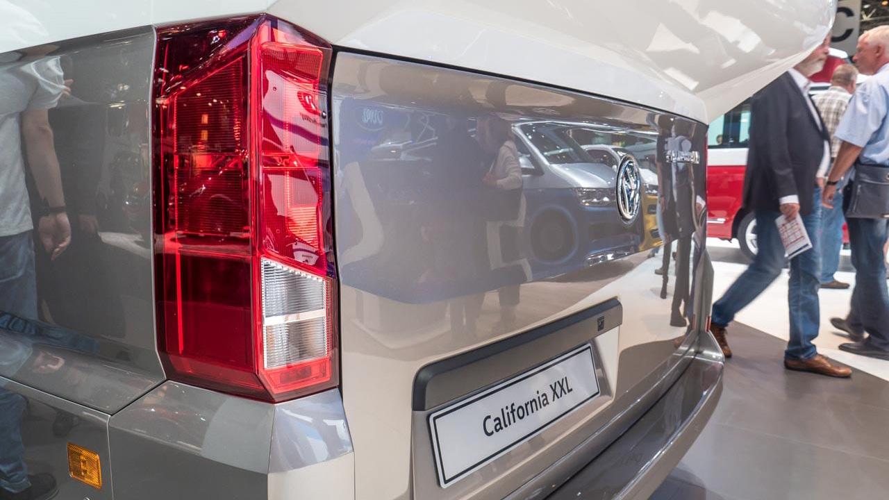California XXL Wohnmobilstudie Caravan Salon 2017 in Düsseldorf