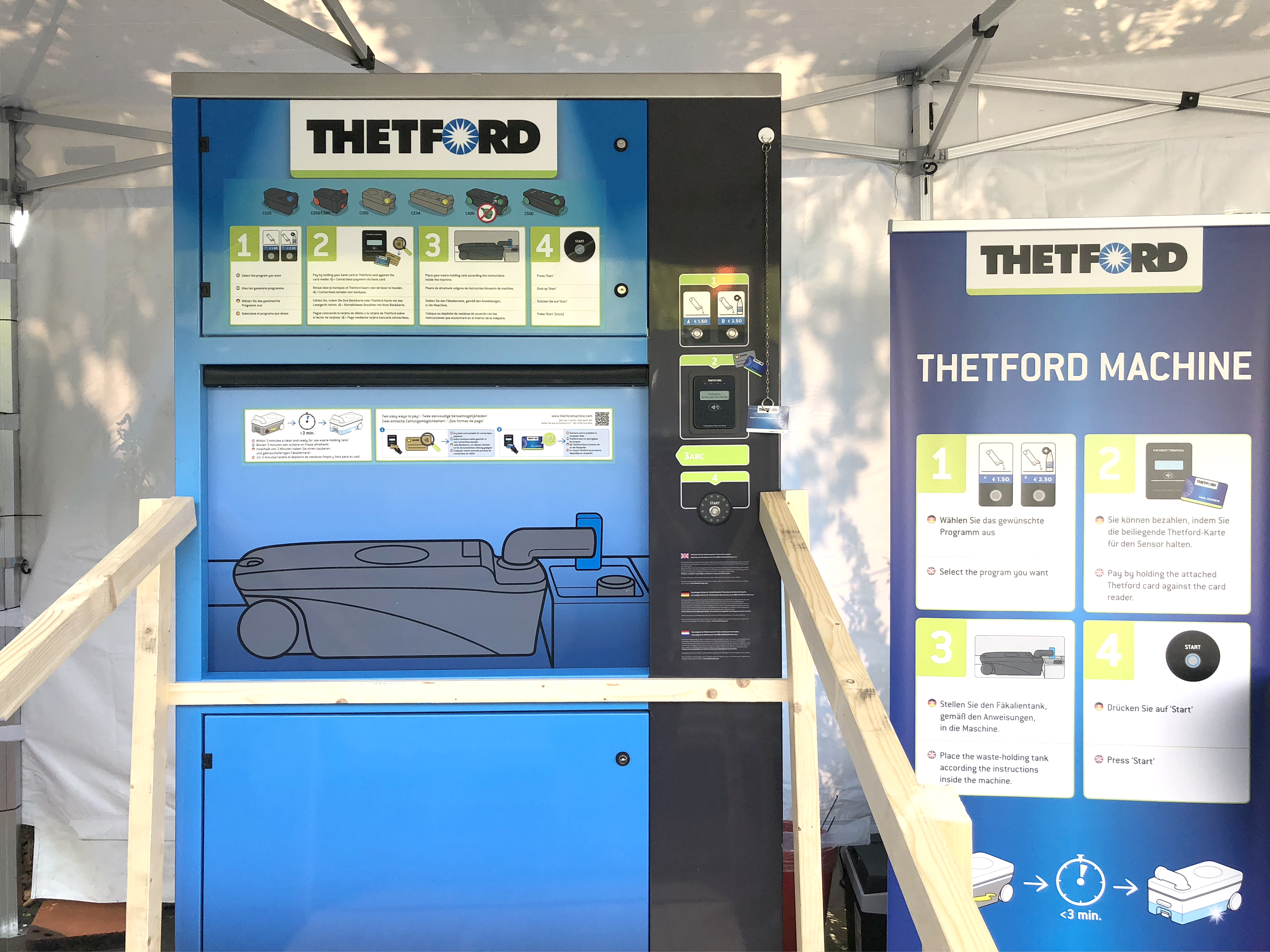 Zum komfortablen Leeren und Reinigen deiner Chemiekassette steht im Caravan Center auch wieder der Reinigungsautomat von Thetford bereit.