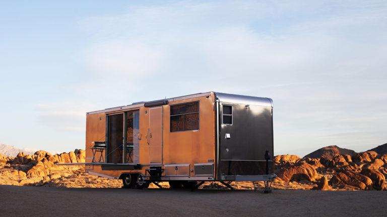 Sonnendeck Und Regendusche: Gehobenes Camperleben Im Living Vehicle