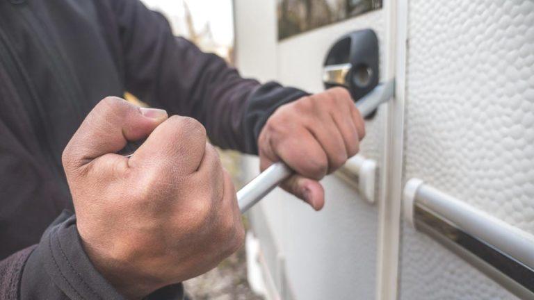 Wohnwagen Und Wohnmobil Gegen Einbruch Oder Diebstahl Schützen