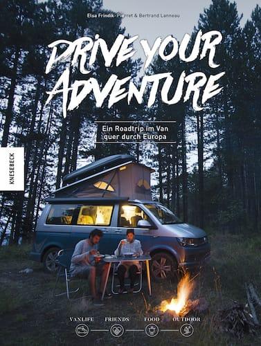 Das Cover vom Buch fuer Roadtrips mit dem Titel Drive your Adventure