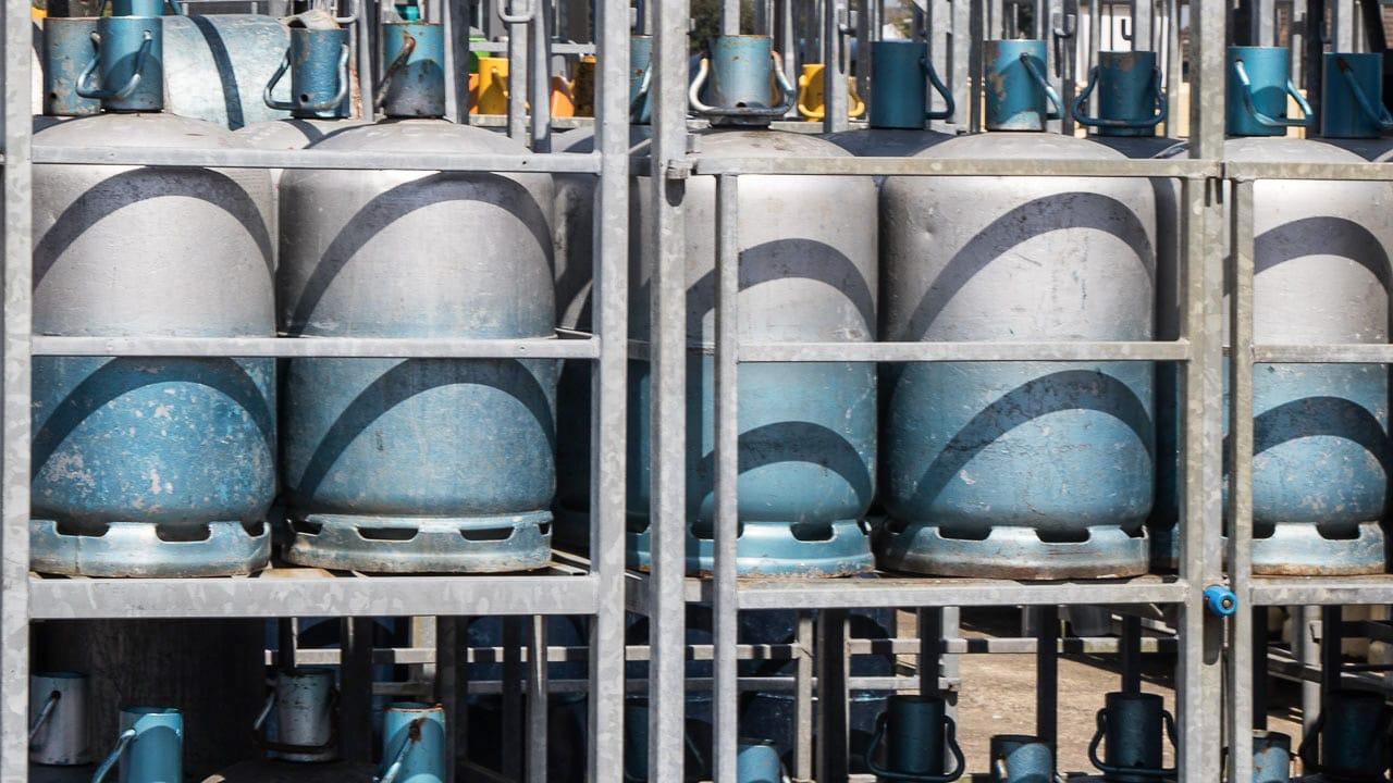 Gasflasche Für Gasgrill Lagern : Gasflaschen in frankreich ✓ antworten tipps & informationen