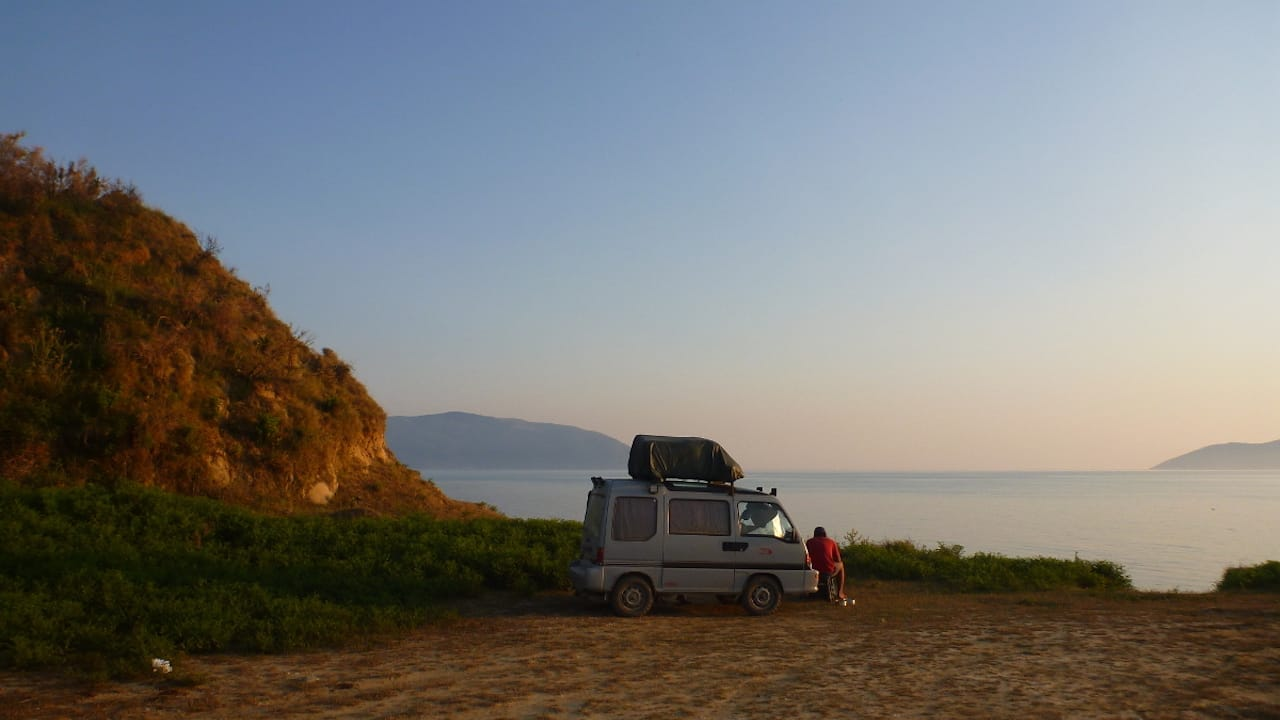 Wildcamping am Strand in Albanien