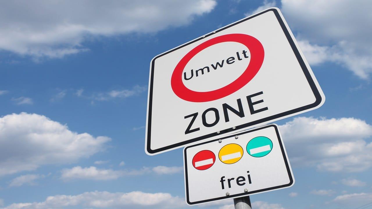 Schild mit Umweltzonen in Europa Copyright stockpix4u
