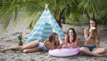 Bademode als Ideen zu Weihnachten fuer Camper (c) Dixiana Salas & Marveca Beachwear