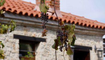 Eine typische Kulisse auf ein Steinhaus in Griechenland