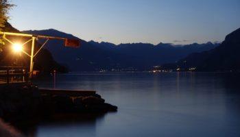 Blick auf einen See beim Camping in Italien