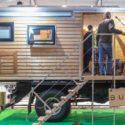 Bumo: Expeditionsfahrzeug mit heimeligem Holzaufbau
