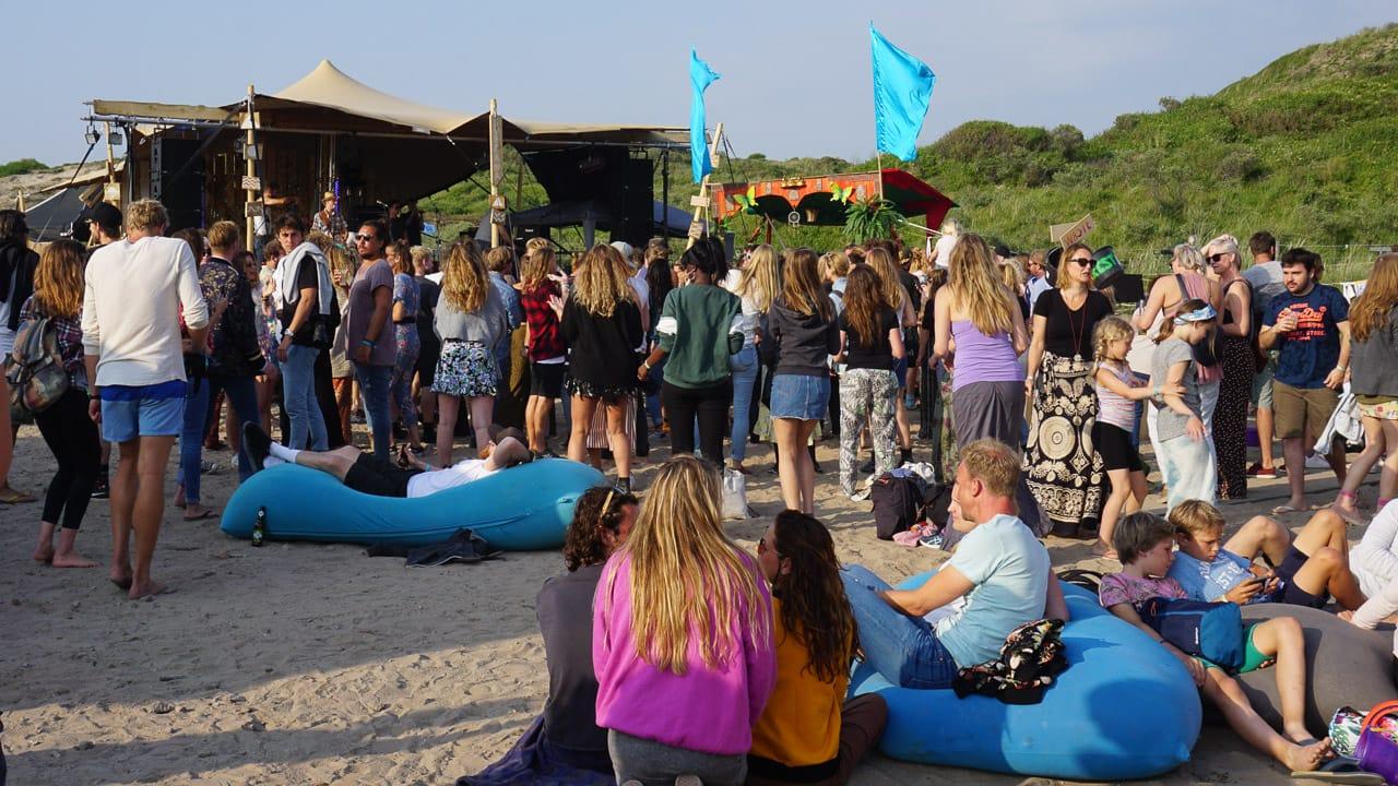 Entspannte Stimmung auf dem Surfana Festival