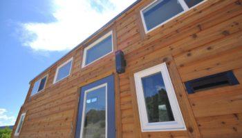 Holz und Gemütlichkeit am Tiny House