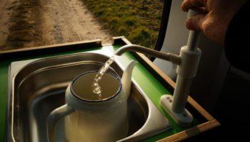 Kochen mit der Campingbox von Fluchtfahrzeug