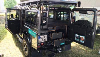Ein ausgebauter Camper mit KAUAI Campingbox