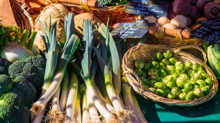 Gemüse auf einem der schönsten Märkte in Frankreich