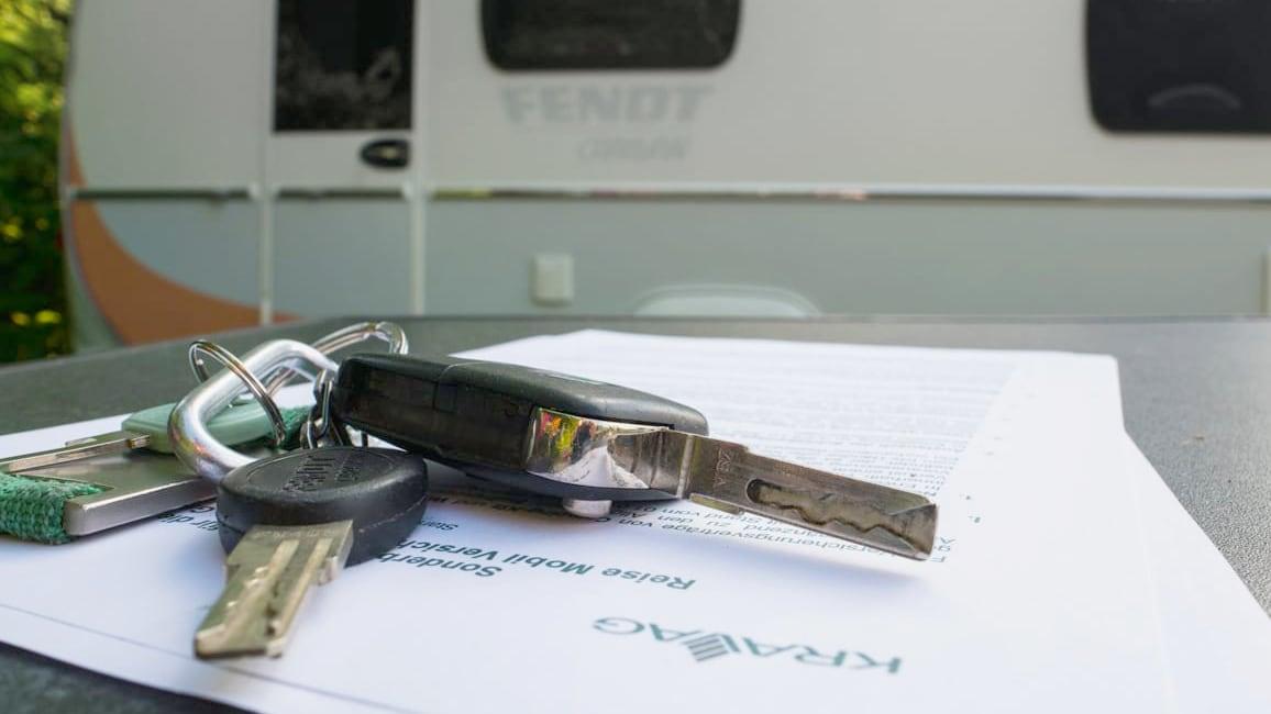Versicherung Wohnmobil Wohnnwagen wechseln