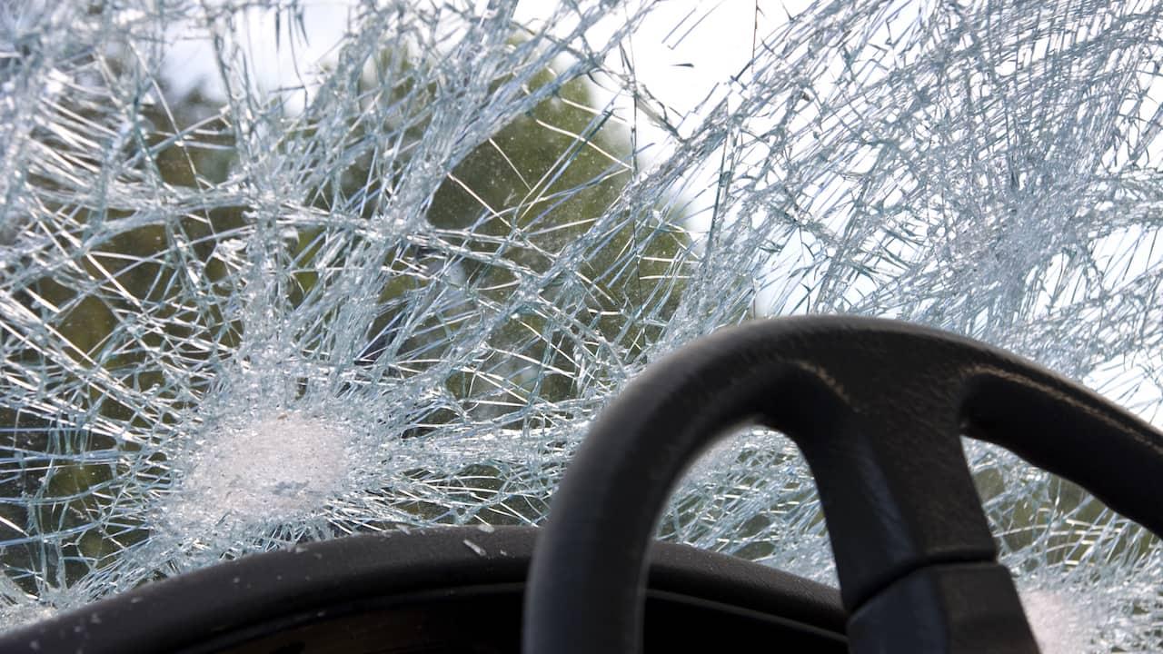 Unfall mit Wohnmobil und Wohnwagen
