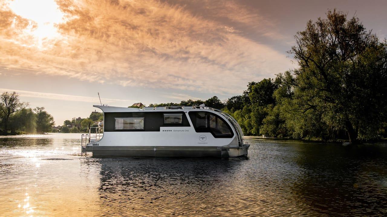 Camping zu Land und zu Wasser: Das Caravan-Boat von Tchibo