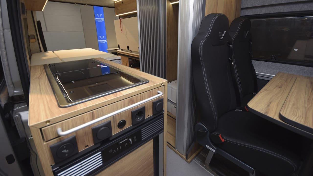 Leichtbau-Innenlösungen für Caravans: VÖHRINGER ConceptCamper 2021