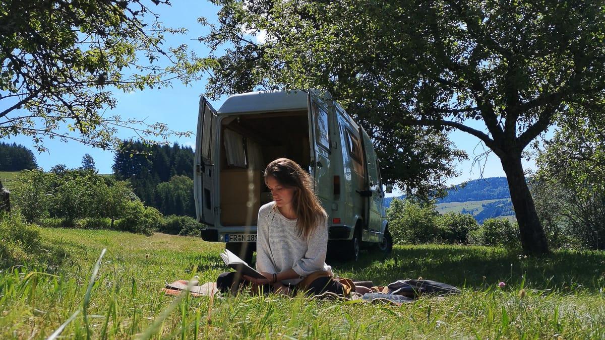 13 inspirierende Camping-Bücher, die du kennen solltest